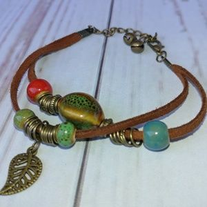 Jewelry - Leather Leaf & Beads Bracelet Adjustable New Green